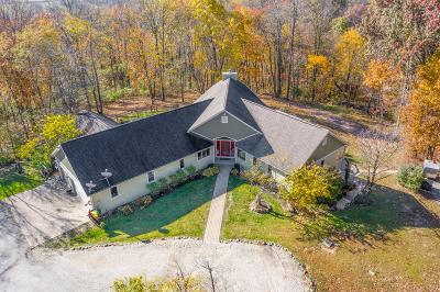 Frazeysburg Single Family Home For Sale: 8400 Priest Hollow Road