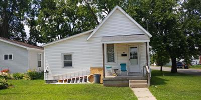 Fayette County Single Family Home For Sale: 528 4th Street