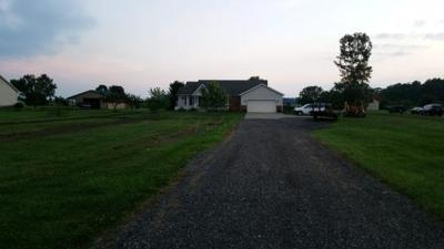 Fairfield County, Pickaway County, Ross County Single Family Home For Sale: 14897 Messmore Road