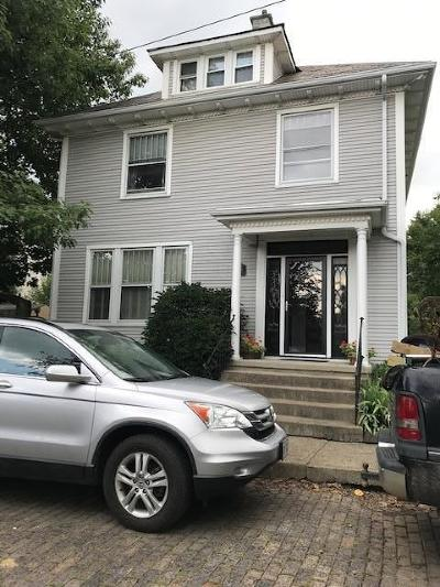 Lancaster Single Family Home For Sale: 246 N Pearl Street
