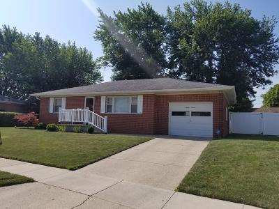 Franklin County, Delaware County, Fairfield County, Hocking County, Licking County, Madison County, Morrow County, Perry County, Pickaway County, Union County Single Family Home For Sale: 87 Arlington Avenue