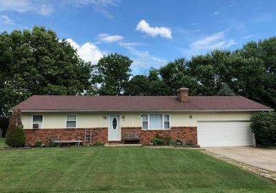 Circleville OH Single Family Home For Sale: $164,900