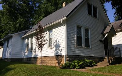 Mount Vernon OH Single Family Home For Sale: $132,000