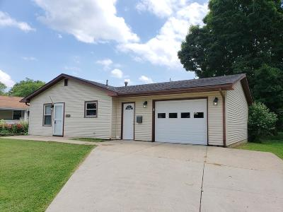 Reynoldsburg Single Family Home For Sale: 7397 Roshon Avenue