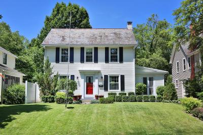 Clintonville Single Family Home For Sale: 426 E Torrence Road