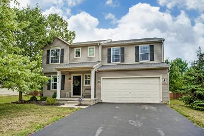 Grove City Single Family Home For Sale: 4920 Adwell Loop