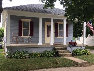 Newark Single Family Home For Sale: 960 Ridgelawn Avenue