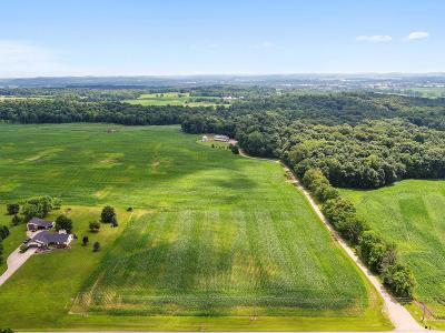 Franklin County, Delaware County, Fairfield County, Hocking County, Licking County, Madison County, Morrow County, Perry County, Pickaway County, Union County Single Family Home For Sale: 6765 Lancaster Road