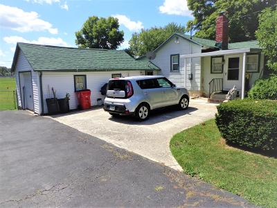 Grove City Single Family Home For Sale: 2261 Holton Road