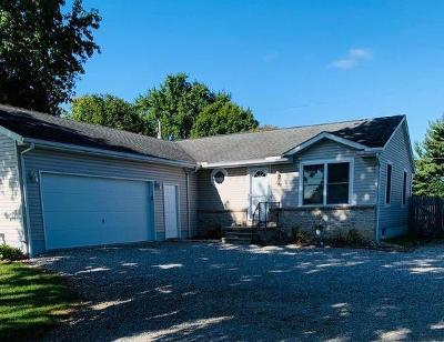 Single Family Home For Sale: 486 Acme Road