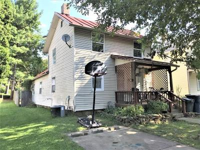 Mount Vernon Single Family Home For Sale: 105 1/2 E Pleasant Street