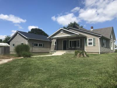 Single Family Home For Sale: 2421 N County Line Road