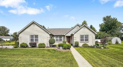 Reynoldsburg Single Family Home For Sale: 18 Voelker Drive