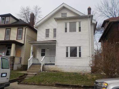 Columbus Single Family Home For Sale: 831 Gilbert Street #3