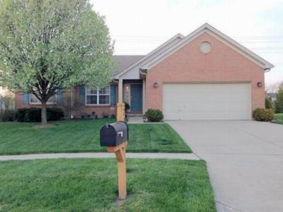 Single Family Home Sold: 294 Cherry Laurel Ct