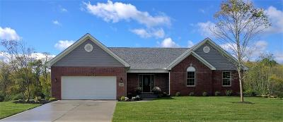 Hamilton Single Family Home For Sale: 967 Golfview Drive