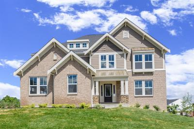 West Chester Single Family Home For Sale: 7228 Glenview Farm Drive