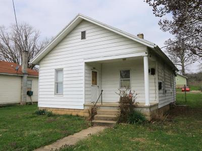 Manchester OH Single Family Home For Sale: $45,000