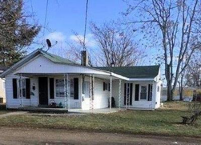 Peebles OH Single Family Home For Sale: $43,000