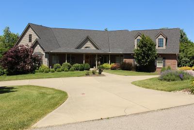 Butler County Single Family Home For Sale: 525 Random Oaks Lane