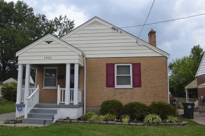 Hamilton County Single Family Home For Sale: 1915 Acorn Drive