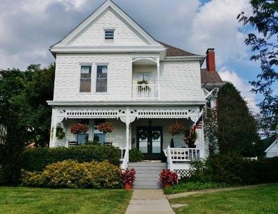 Hillsboro Single Family Home For Sale: 322 North High Street