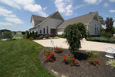 Brown County Single Family Home For Sale: 418 Waynoka Drive