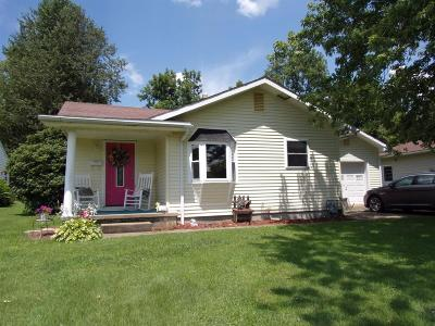 Manchester OH Single Family Home For Sale: $104,500