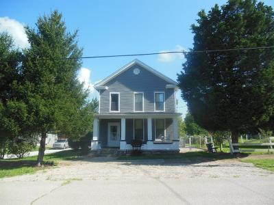 Moscow OH Single Family Home For Sale: $169,900