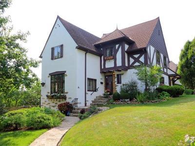 Hamilton County Single Family Home For Sale: 3417 Manor Hill Drive