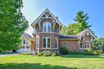 Hamilton County Single Family Home For Sale: 27 East Mills Avenue