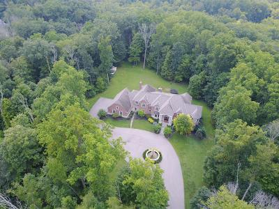 Hamilton County Single Family Home For Sale: 8925 Whisperinghill Drive