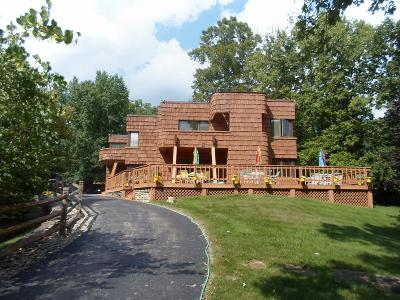 Hamilton County Single Family Home For Sale: 1650 Colonial Drive