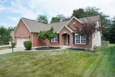 Warren County Single Family Home For Sale: 7806 Dew Drop Circle