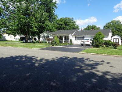 Adams County, Brown County, Clinton County, Highland County Single Family Home For Sale: 335 Randolph Street