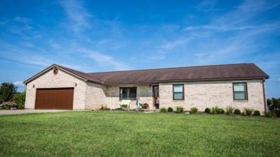 Peebles OH Single Family Home For Sale: $144,900