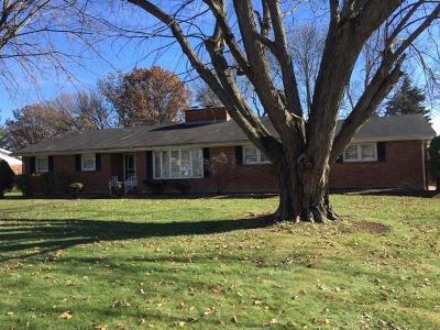 HILLSBORO Single Family Home For Sale: 128 Sherwood Drive