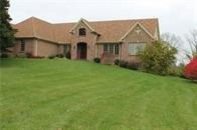 Warren County Single Family Home For Sale: 2363 Equine Trail