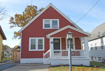 Single Family Home For Sale: 3823 Watterson Road