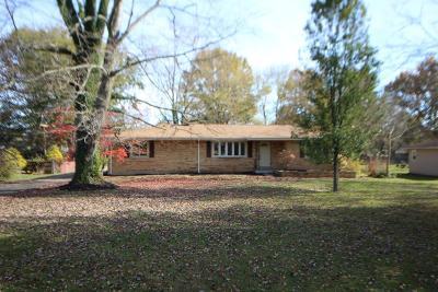 Single Family Home For Sale: 5622 Naomi Drive