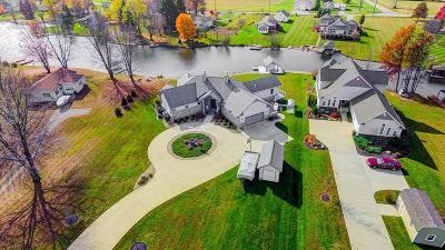 Brown County Single Family Home For Sale: 420 Waynoka Drive