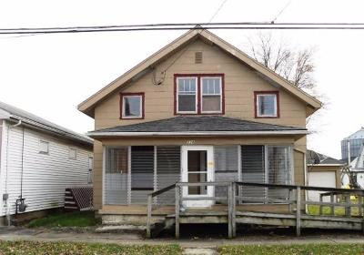 Adams County, Brown County, Clinton County, Highland County Single Family Home For Sale: 228 Main Street