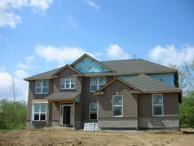 Butler County Single Family Home For Sale: 9 Woodview Way #AT-9