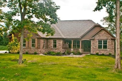 Warren County Single Family Home For Sale: 7430 Deep Woods Court