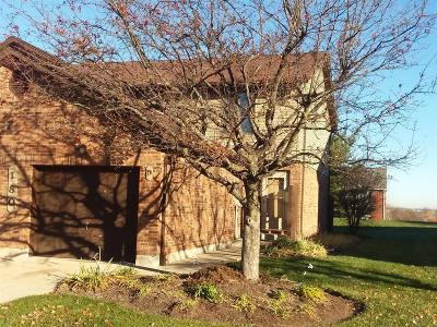 Fairfield Condo/Townhouse For Sale: 180 Ewing Drive #D