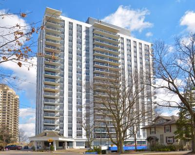 Hamilton County Condo/Townhouse For Sale: 2200 Victory Parkway #1607
