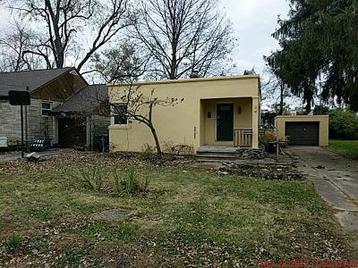 Single Family Home For Sale: 7689 Arlington Avenue
