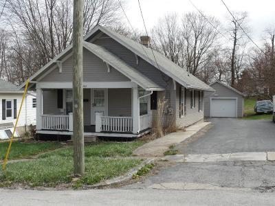 HILLSBORO Single Family Home For Sale: 462 S Elm Street