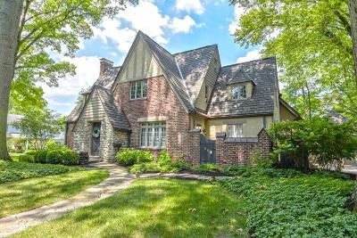 Single Family Home For Sale: 6700 Miami Bluff Drive