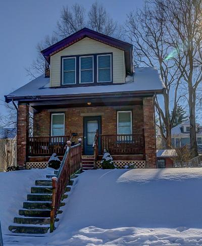 Single Family Home For Sale: 2869 Minto Avenue